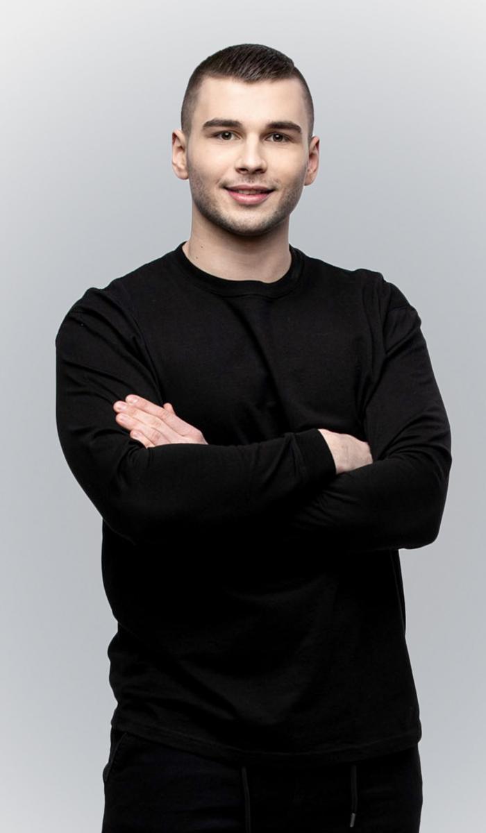 """<div class=""""neb""""><a href=""""../o-klinice#personalny"""">Damian Turski</a></div>"""
